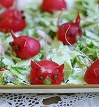 Kopūstų salotos su paršeliais