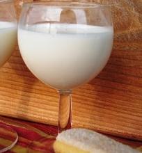 Migdolų pienas (oršadas)
