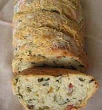 Duona su špinatais ir kumpiu