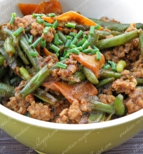 Šparaginės pupelės su malta kiauliena