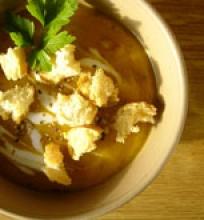 Aštri morkų-obuolių sriuba
