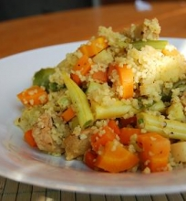 Kuskusas su soja ir daržovėmis.