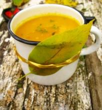 Trinta morkų sriuba su medumi