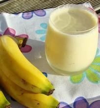Naminis bananinis jogurtas