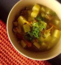 Sodri daržovių sriuba su žuvimi