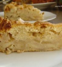 Septynių šaukštų obuolių pyragas