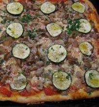 Pica su marinuotais grybais