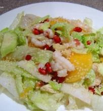 Krevečių salotos su persimonais