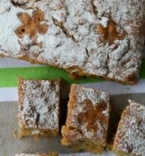 Morkų ir braziliškų riešutų pyragas