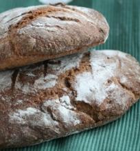 Pusiau ruginė duona