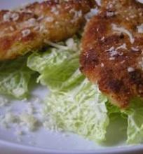 """Vištienos kepsneliai su """"Džiugo"""" sūrio plutele"""