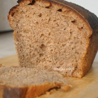 Lietuviška naminė duona