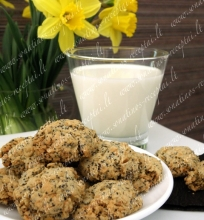 Avižiniai sausainiai su aguonomis