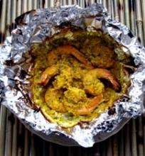 Indiškai užkeptos krevetės folijoje