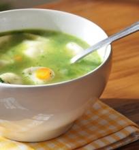 Špinatų sriuba su virtinukais