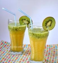 Ananasų – kivių glotnutis (smoothie)