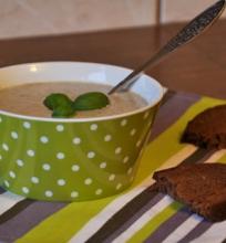 Kreminė pievagrybių ir porų sriuba