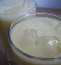 Ananasų lassi