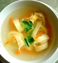 Lietinių blynų sriuba