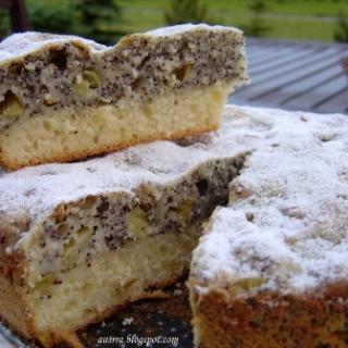 Rabarbarų aguonų pyragas