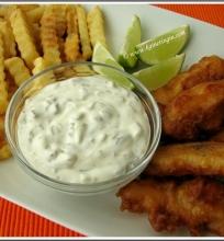 """""""Fish and chips"""" – žuvis tešloje su bulvių šiaudeliais"""