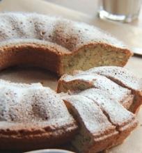 Plaktos grietinėlės ir aguonų pyragas