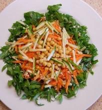 Gražgarsčių salotos su avinžirniais