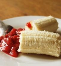 Vanilinis braškių ir bananų džemas