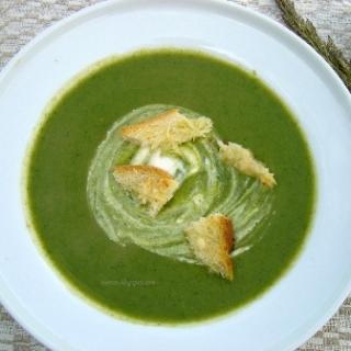 Kreminė lapinių burokėlių sriuba