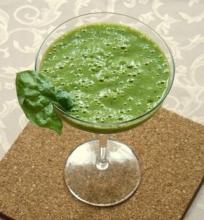 Žalias kokteilis su špinatais