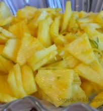 Ananasas marinate