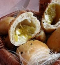Mieliniai pyragėliai su moliūgų ir sūrio įdaru