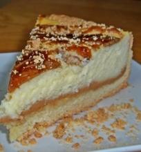 Sūrio pyragas su kavos skonio karamele