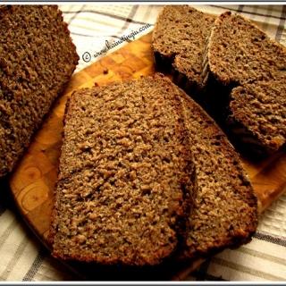 Juoda naminė duona