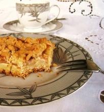 Obuolių pyragas su smėline tešla