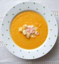 Imbierinė morkų sriuba su krevetėmis