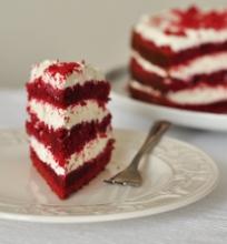 """Tortas """"Raudonasis aksomas"""""""