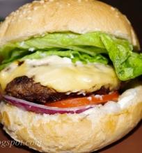 mėsainiai/hamburgeriai