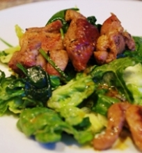 Kalakutienos salotos su špinatais