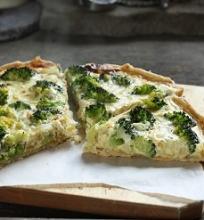 Brokolio ir fetos sūrio pyragas