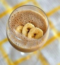 kakavinis bananų glotnutis