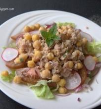 Avinžirnių ir tuno salotos