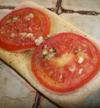 Kvadratėliai su pomidorais