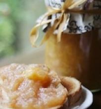 Obuolių – apelsinų uogienė