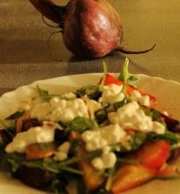 Gardžiosios lietuviškos salotos prie  silkės