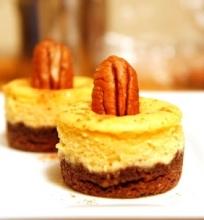 Moliūgų ir grietinėlės sūrio pyragaičiai