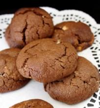 Sausainiai su Trijų Rūšių Šokoladu