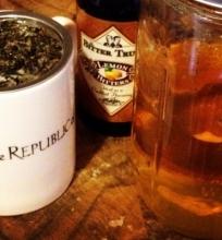 Juodoji arbata su romu
