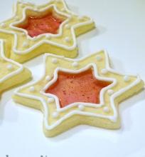 Vitražiniai sausainėliai ir nameliai