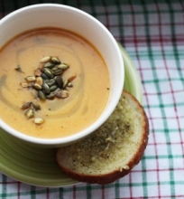 Kepto moliūgo kreminė sriuba su kokoso pienu